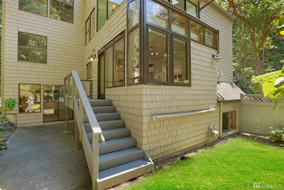 Home Sold 18756 47th Ave Ne Lake Forest Park Wa Nwmls 975036